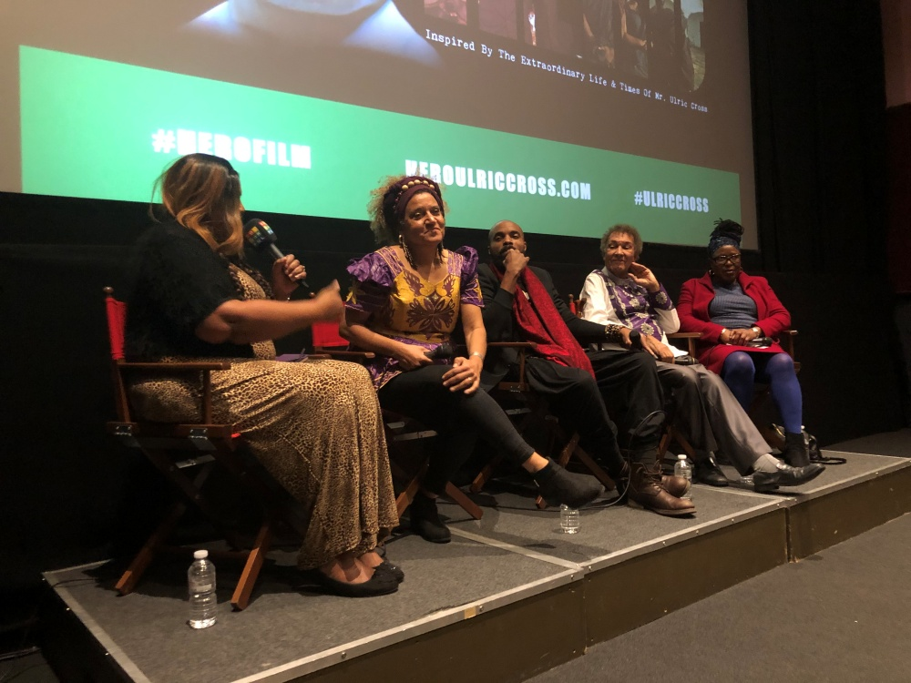 Colourful LIVE Broadcast from the screening of HERO