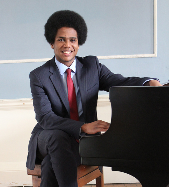 Adam Heron, piano